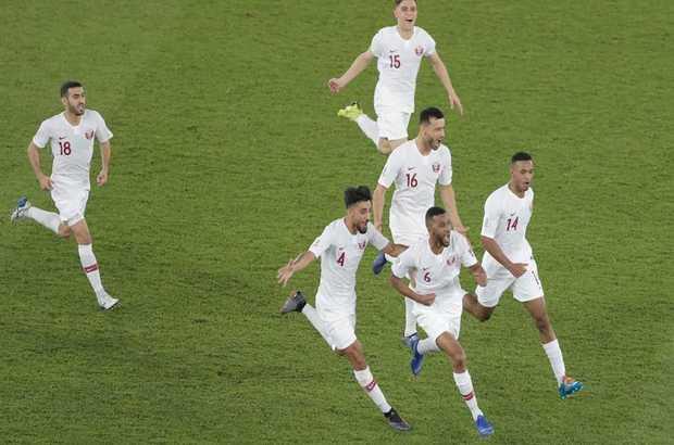 قطر تصعد إلى المربع الذهبي بكأس آسيا