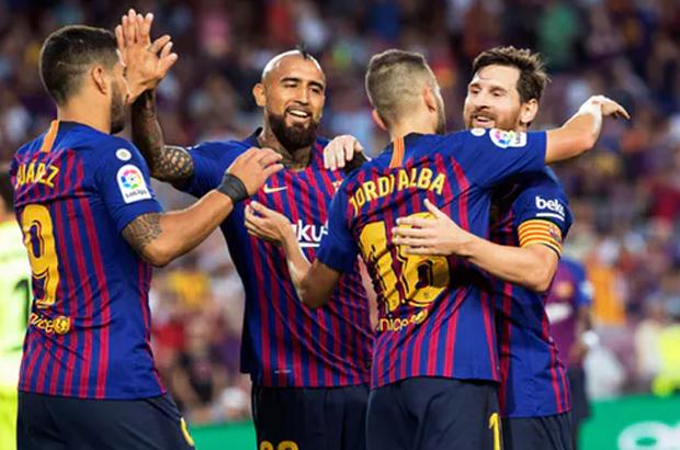 """الصحافة الإسبانية.. """"شبح ليفربول"""" أهم أسلحة برشلونة قبل الكلاسيكو!"""