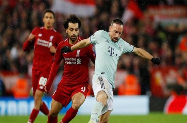 أسطورة ليفربول يستبعد صلاح ويختار الأفضل في الفريق