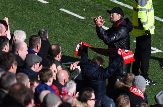 نحس الأبطال قد يدفع ليفربول للفوز بالبريميرليج