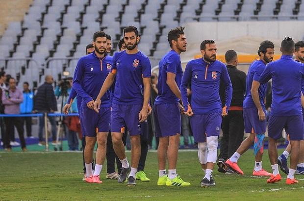 لاسارتي في حيرة.. 3 تشكيلات محتملة للأهلي أمام المصري