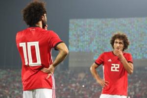 """عمرو وردة يبحث عن """"مجد صلاح"""" ببلاد الأغريق"""