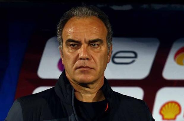 """لاسارتي يشبه الأهلي بـ"""" سيتي ويوفنتوس"""" بعد الهزيمة أمام بيراميدز!"""