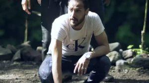 """بالفيديو - وليد سليمان يستعين """"بصخرة"""" للتخلص من مقلب رامز جلال"""