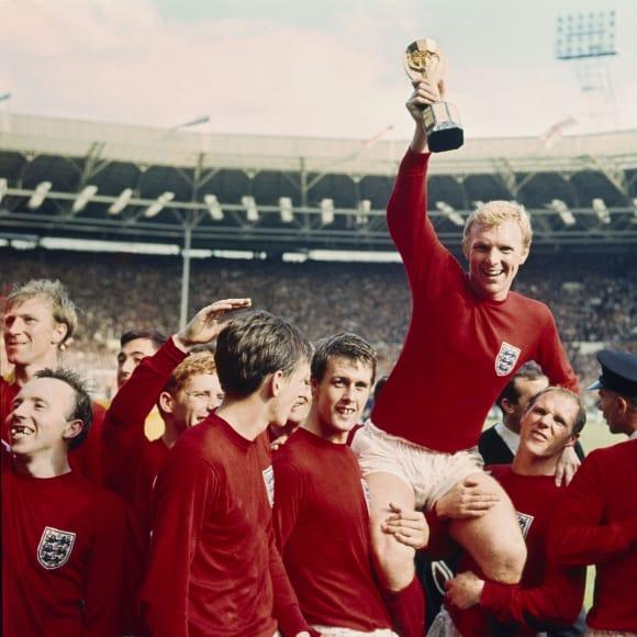حكاية صورة.. بيكلز ينقذ كبرياء إنجلترا أمام العالم