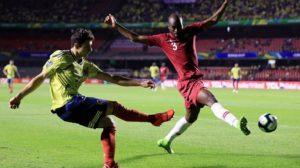 كولومبيا تقضي على صمود قطر في الوقت القاتل وتضمن التأهل لربع النهائي