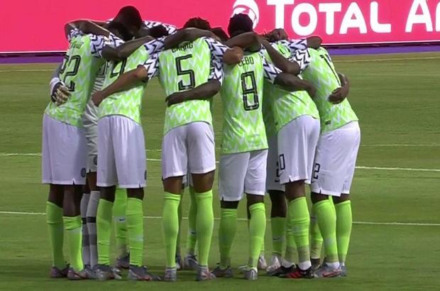 بين الشوطين: توهان نجوم نيجيريا في الإسكندرية أمام المغمور بوروندي