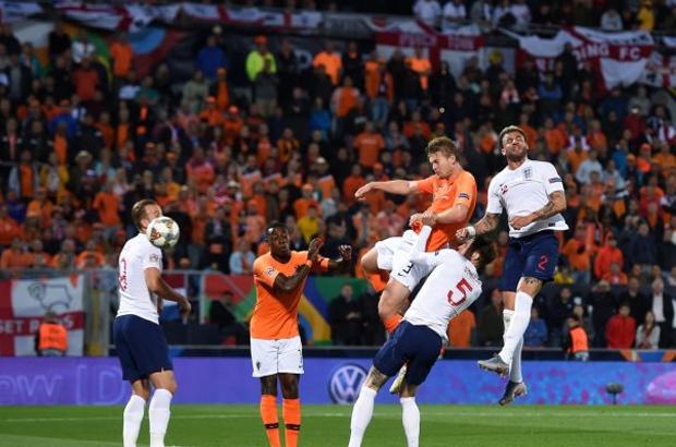 الطواحين تطيح بالأسود الثلاث وتصعد لنهائي دوري الأمم الأوروبية