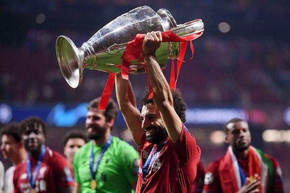 """""""روما"""" يجني ثمار تتويح صلاح وأليسون مع ليفربول!"""