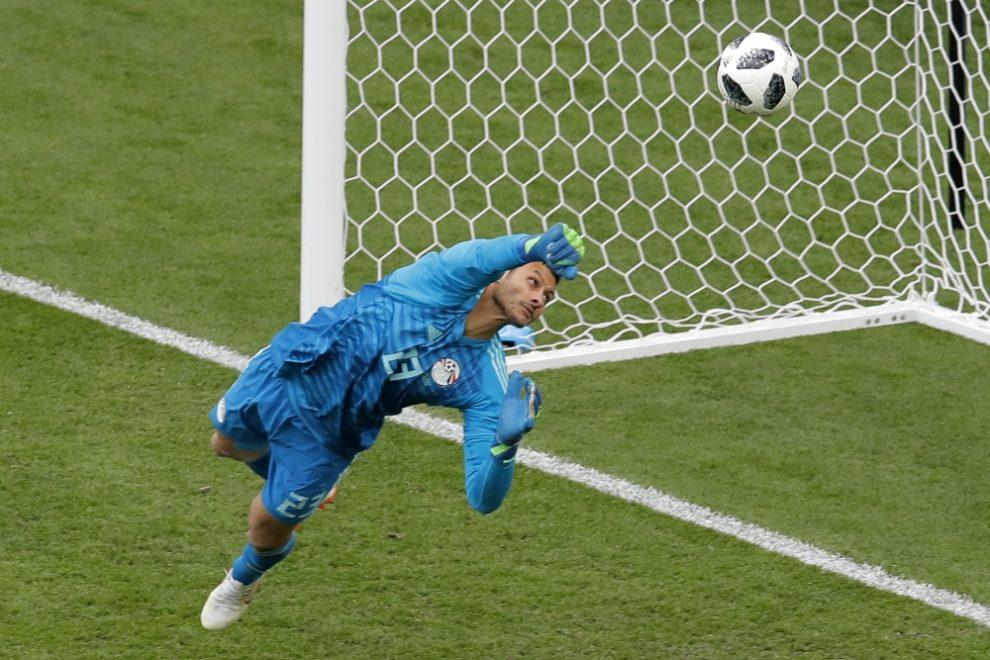 """""""مونديال روسيا"""" قد يحقق أمنية الاحتراف للشناوي!"""