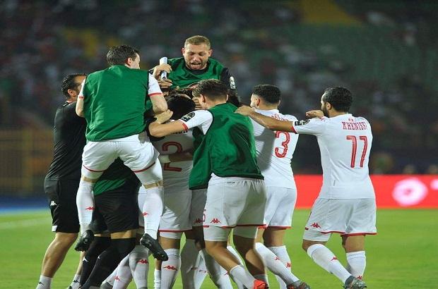 """كلمة السر """"الحصان الأسود"""".. الفوز الأول قد يمنح تونس أمم إفريقيا على طريقة البرتغال"""