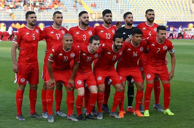 مدرب تونسي ينفجر غضبا بسبب مؤامرة المغاربة والمصريين على نسور قرطاج!