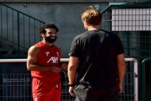 """«حديث كلوب السري مع صلاح».. تعرف على تفاصيل اليوم الأول لـ""""مو"""" في تدريبات ليفربول!"""