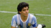 فيديو - الأعظم في تاريخ كرة القدم يعود طفلًا كما كان!
