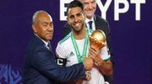 فيديو| في لقطة غير أخلاقية محرز يتجاهل ممثلي مصر أثناء تسلم كأس البطولة!