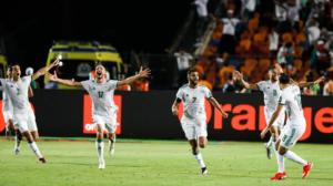 حكاية ماتش| الجزائر تحيا بقتال الرجال.. وإشادة نيجيرية بهدف الأهلي والزمالك