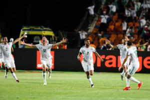 حكاية ماتش  الجزائر تحيا بقتال الرجال.. وإشادة نيجيرية بهدف الأهلي والزمالك